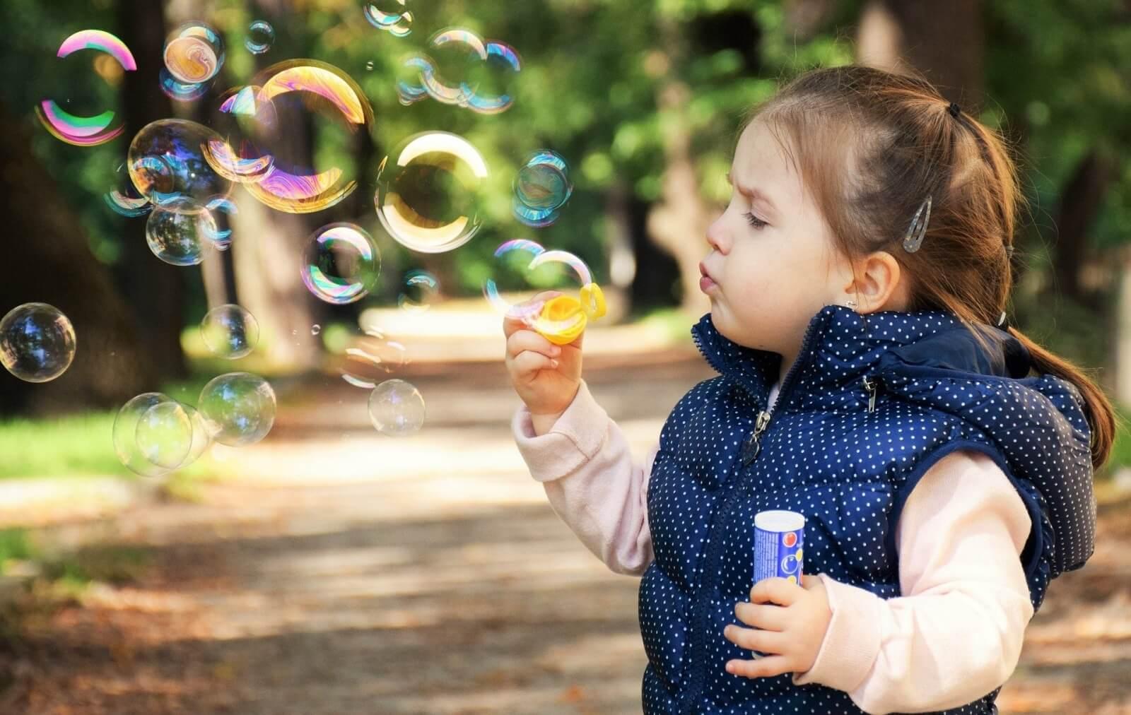 soap bubbles round in shape